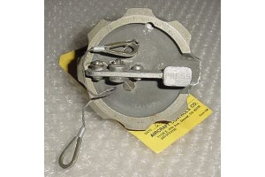 AB48A55, AB-48A55, Aircraft Fuel Tank Cap with Serviceable tag