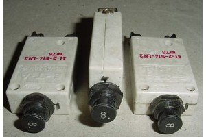 41-2-S14-LN2, 412-S14-LN2, Lot of 8A Aircraft Circuit Breakers