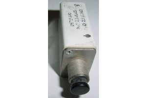 D6761-1-10, 7271-1-10, Aircraft 10A Circuit Breaker