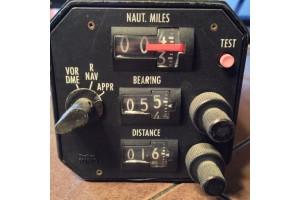KNC-610. 066-4002-00, King Avionics RNAV Indicator