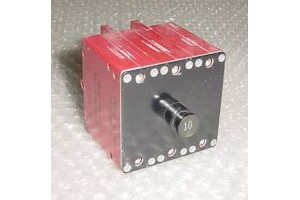 6752-304-10, 10-60806-10, 10A / 3 in 1 Klixon Circuit Breaker