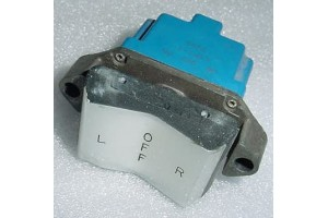 721858-10, 2TP1-1, Three position Aircraft Rocker Micro Switch