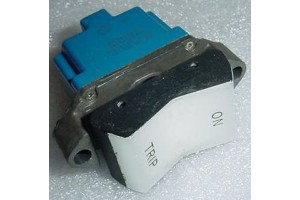 2TP1-5, 5930-01-114-6583, Three position Aircraft Micro Switch
