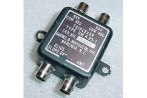 DMH23-1, 596-437, Dual VOR Single Glideslope Coupler / Triplexer