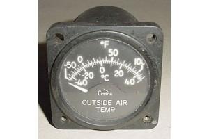 C668520-0104, Cessna 421 Outside Air Temperature Indicator