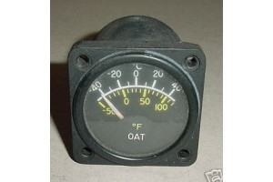 C668520-0104, Twin Cessna Aircraft Outside Air Temp Indicator