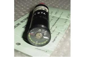 AM10465-3, Turbine Aircraft Oil Temperature Indicator w Serv tag